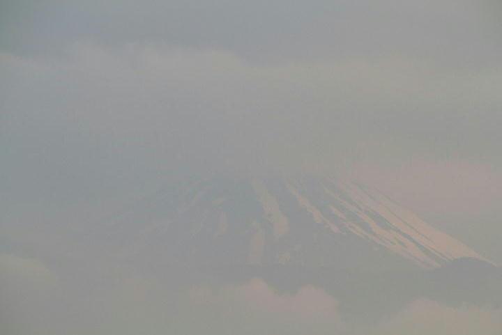 8日 5-20 今朝の富士山-3