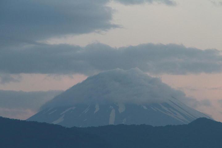 15日 4-54 今朝の富士山