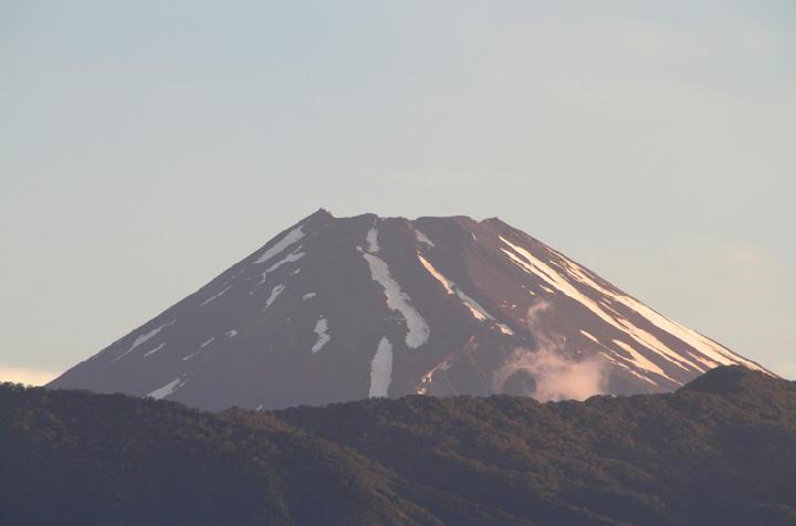 30日 4-53 今朝の富士山-1