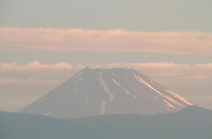 4日 4-49今朝の富士山2-1