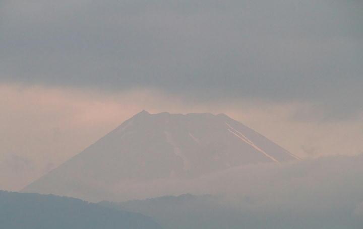 13日 4-41 今朝の富士山