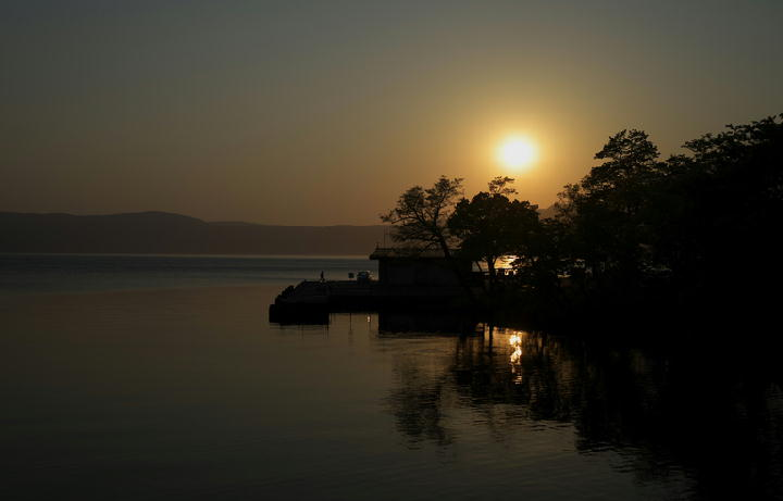 十和田湖の夕陽-605