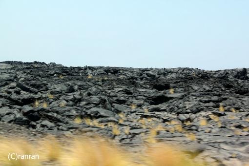 真っ黒溶岩