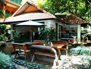 サワディー チェンマイ ハウス ホテル (Sawasdee Chiangmai House Hotel)