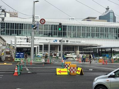 富山駅前20150220