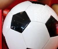 02年W杯の「韓国寄り」審判問題、伊メディアが「FIFAの不正」疑う報道