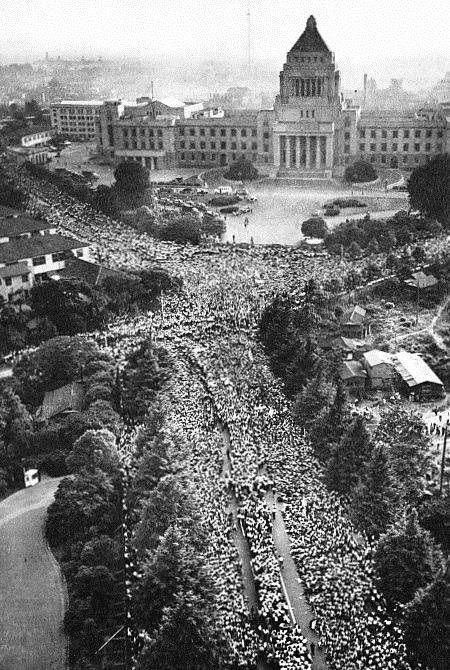 参考:13万人(警察発表)の60年安保デモ