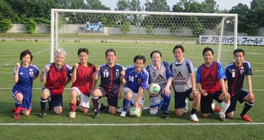 小松裕(こまつゆたか)明日13日「日韓国会議員親善サッカー大会」でソウルに向かいます。スポーツによる外交推進、スポーツマンシップはお互いリスペクトすること。ひとつひとつの信頼関係が平和な世界を築くと信じ