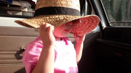 農15_5_26麦藁帽子1