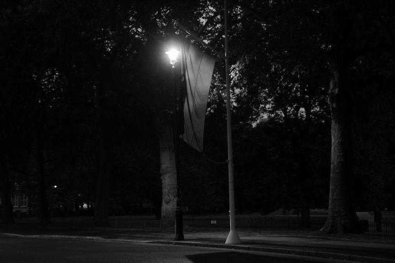 ロンドンの暗闇で3
