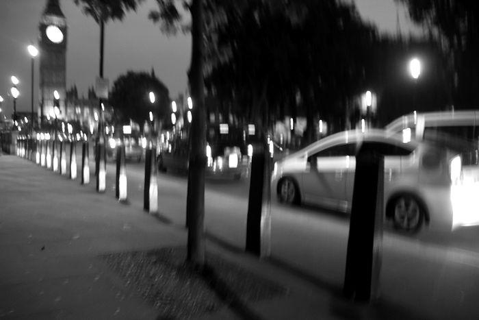 ロンドンの暗闇で4