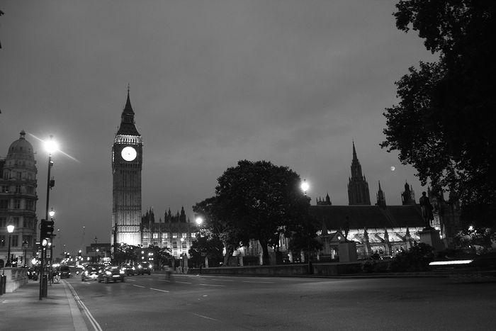 ロンドンの暗闇で6
