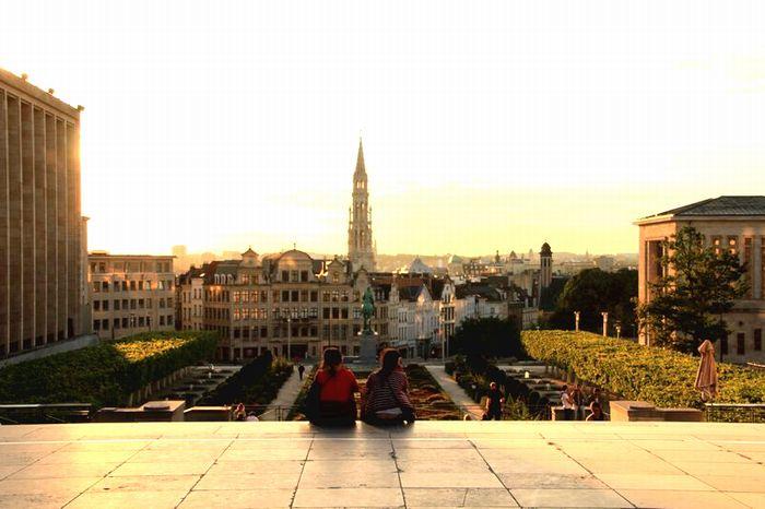 ベルギーの広場で
