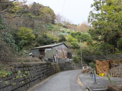 山崎発電所導水隧道付近の道・箱根町湯本