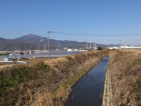柳橋より鈴川上流を望む