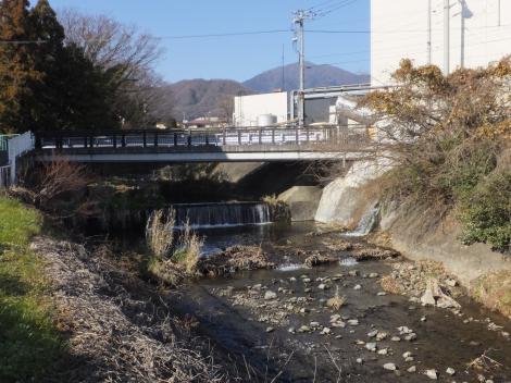 鈴川・向原橋付近