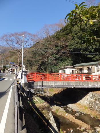 愛宕橋付近の鈴川