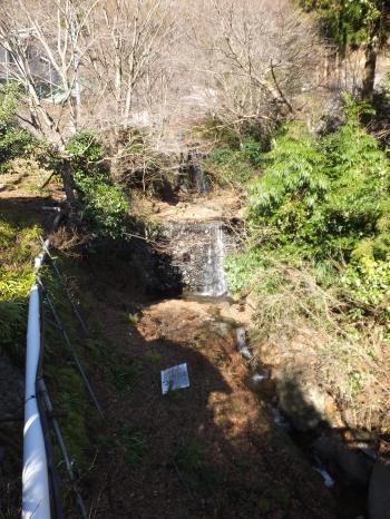 雲井橋より鈴川を望む