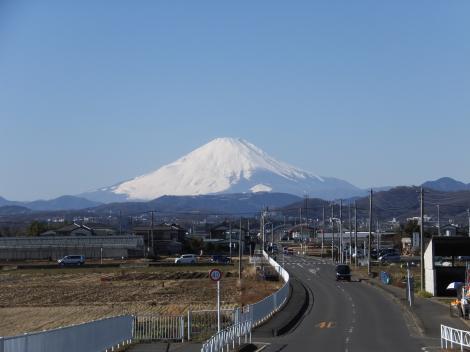 岡崎大橋より富士山を望む