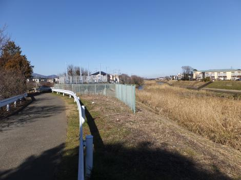 鈴川・古川樋門付近