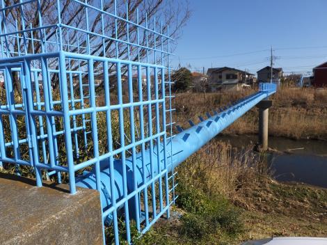 下之宮橋上流の水管橋