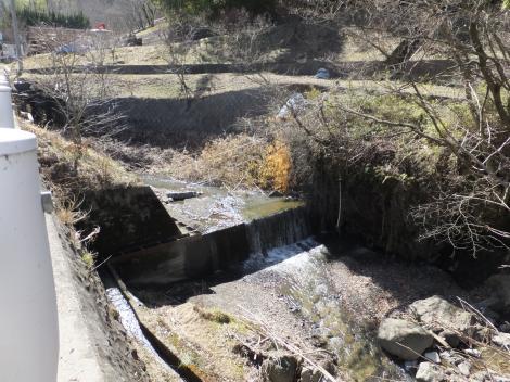 印川の流路工