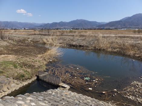 笛吹川・小石和用水取水施設付近