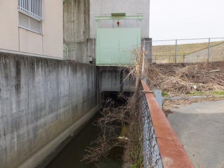 下大鳥居排水機場排水ゲート