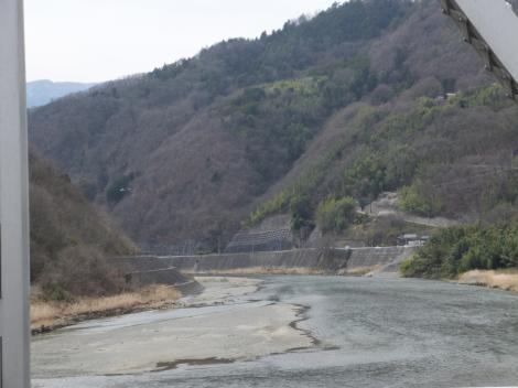 富士橋より富士川下流を望む