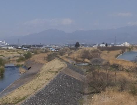富士川大橋より上流を望む