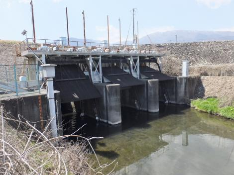 横川樋管呑口ゲート