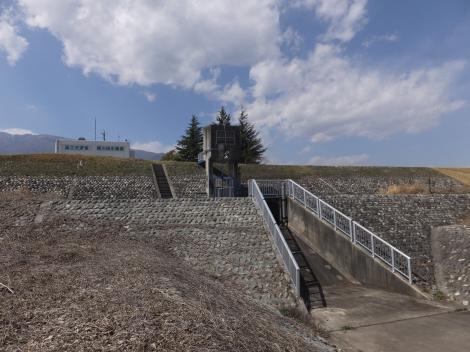 横川排水樋管