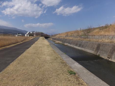 長沢川・富士川町長沢