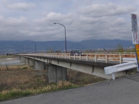 釜無川・鏡中条橋