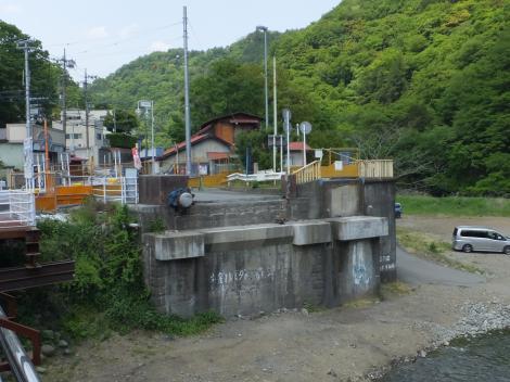 中津川・旧馬渡橋橋台