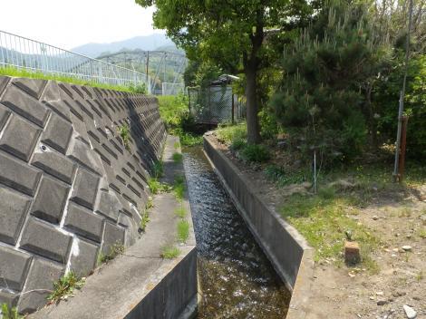 田代頭首工用水路・平山橋付近