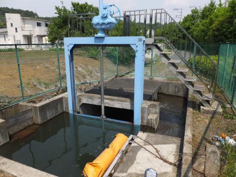 戸倉水利組合分水施設