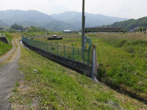 田代頭首工用水路・戸倉の終点