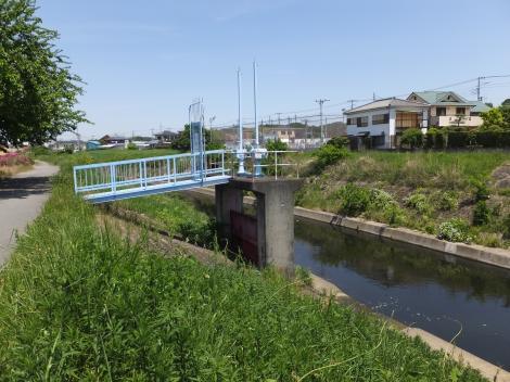寺家川河口