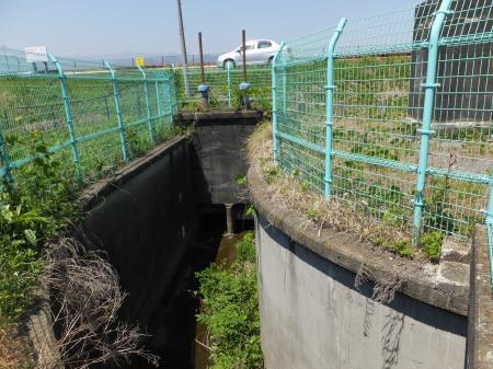 相模川伏越排水樋門