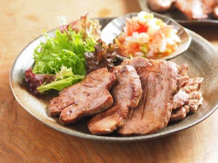 仙台肉厚牛たんサルサソース14