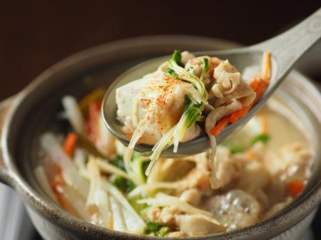 鶏皮湯豆腐28