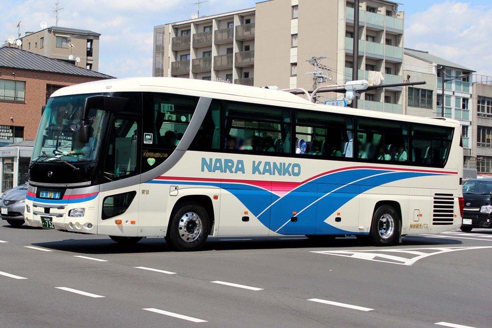 奈良観光バス か752