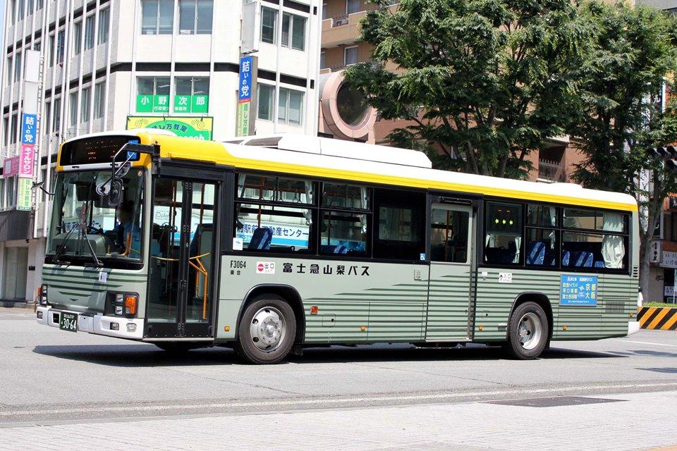 富士急山梨バス F3064