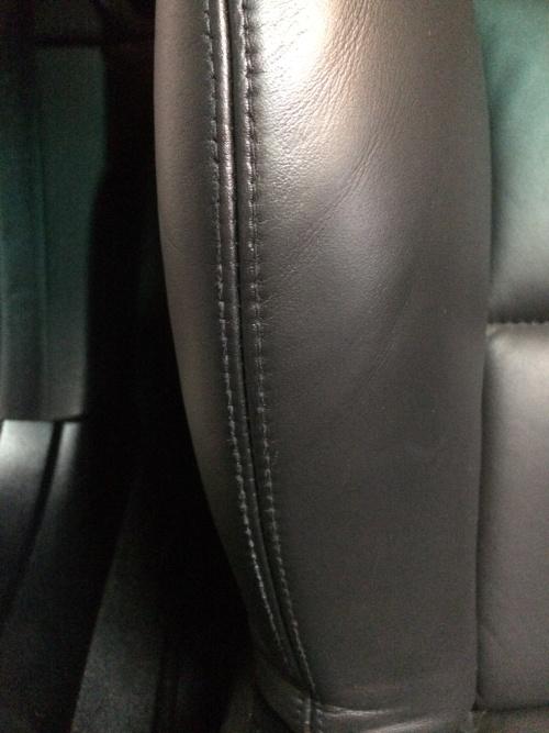 BMW M3 レザーシート 焦げ、傷、擦れ補修