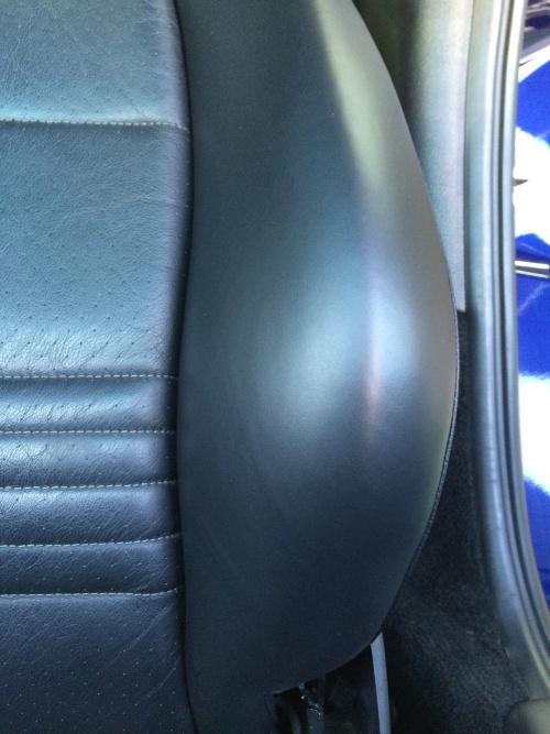 ポルシェ996 レザーシート ひび割れ補修