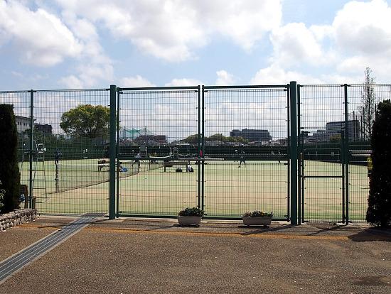 s-グリーンテニスP4113874