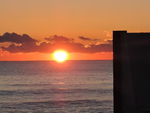 太平洋の日の出1