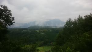 御嶽山曇り