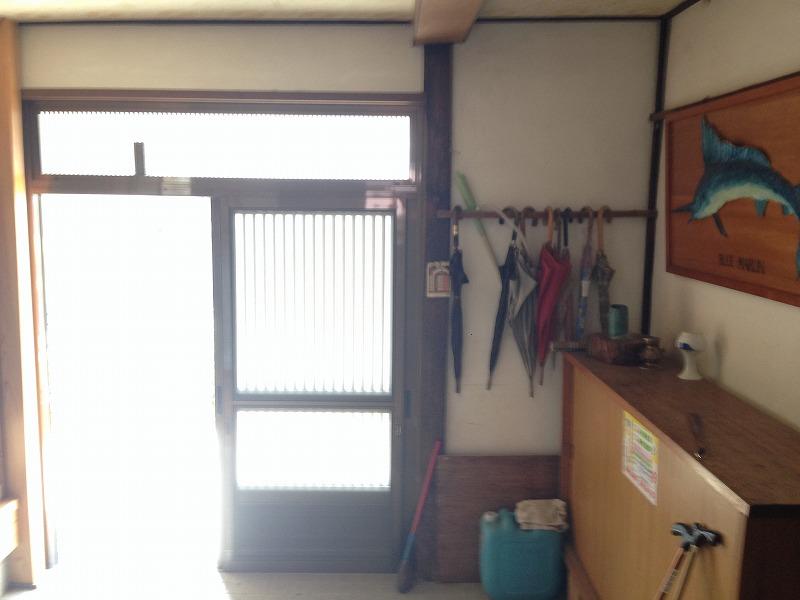 玄関 Before